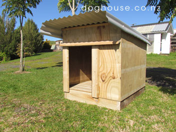 Dog House - outdoor dog kennel Auckland