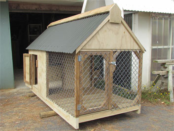 Dog House - outdoor enclosed dog house Auckland
